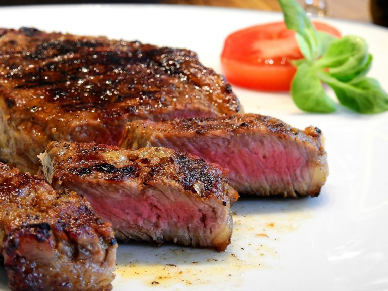 6 Foods to Fight a Vitamin B12 Deficiency: Meat