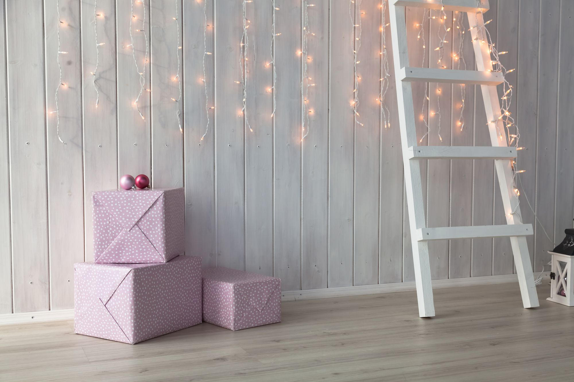 fairy-lights-and-presents